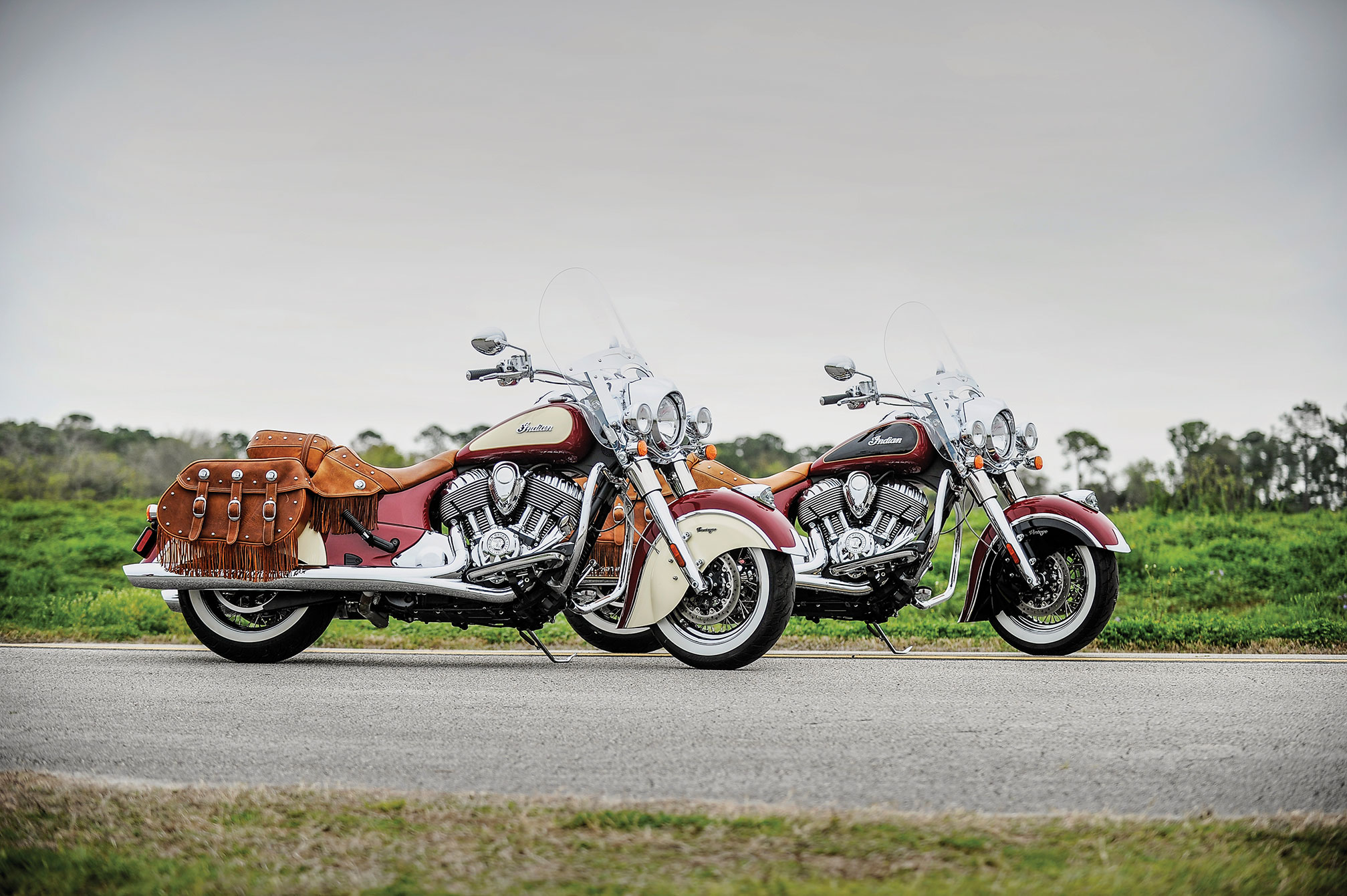 pc wallpaper Indian Chief Vintage Two Motorcycles