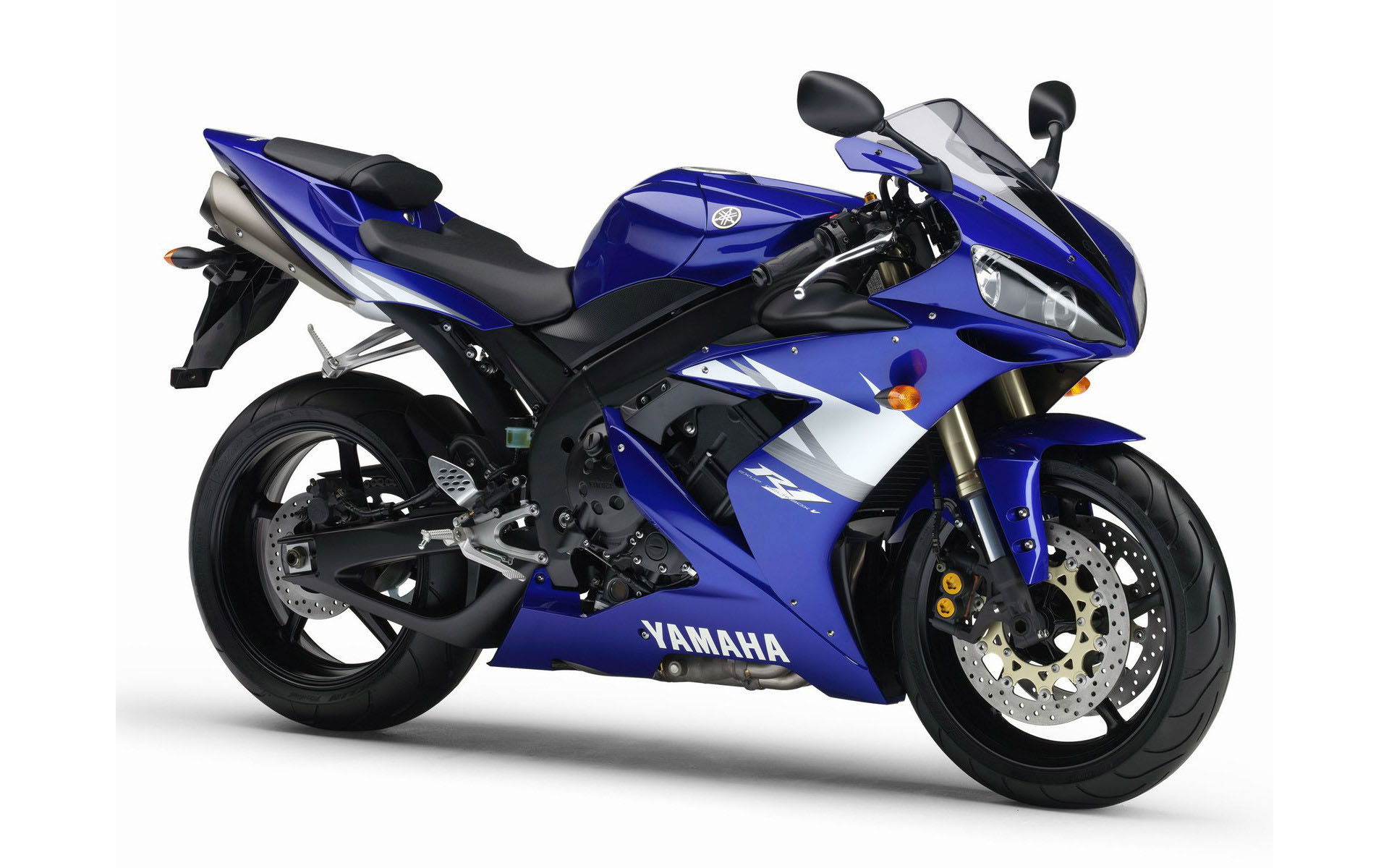pc wallpaper Yamaha R1 1600x1200
